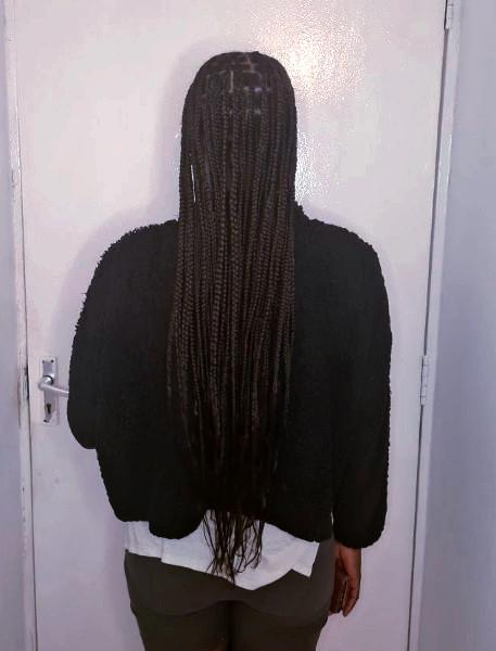 Knotless Box Braids LottaHairandBeauty Book Black Afro London Mobile Hairstylist Salon Braider Near Me FroHub