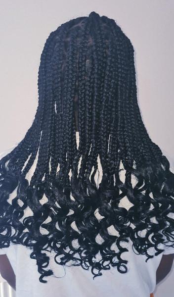 Triangle Box Braids WhitneiiHairLounge Book Black Afro London Hairdresser Near Me FroHub