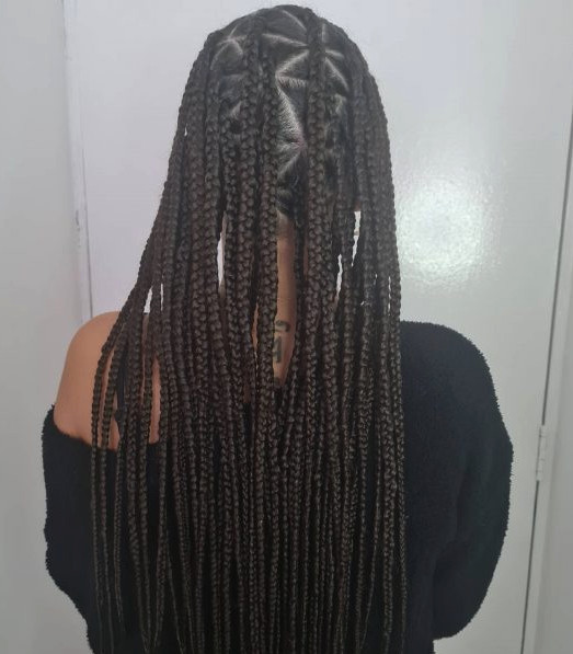 Triangle Knotless Box Braids LottaHairandBeauty Book Black Afro London Mobile Hairdresser Salon Braider Near Me FroHub